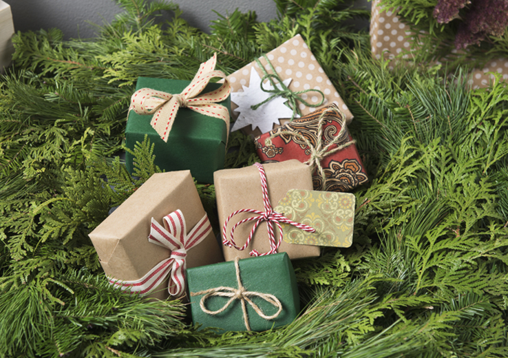 Kraft Paper Wrapped Gifts in Wreath